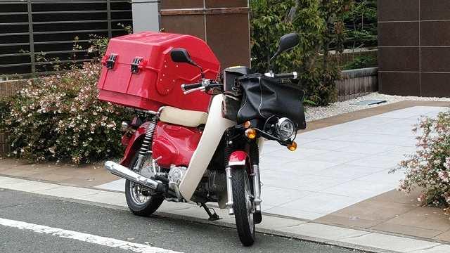 郵便配達用バイク